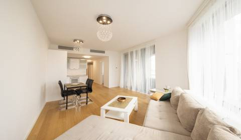 2bdr apt, furnished, 82 m2, 9th floor, teracce, parking, Sky Park